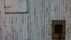 old wagon (*n3wjack's world in pixels) Tags: wood old wallpaper lines metal square grid rust peeling paint belgie squares parking cellphone worn antwerp damaged oud antwerpen android hout metaal verf roest lijnen 52weeks ekeren 1452 putvanekeren afbladderen 52project viertkant