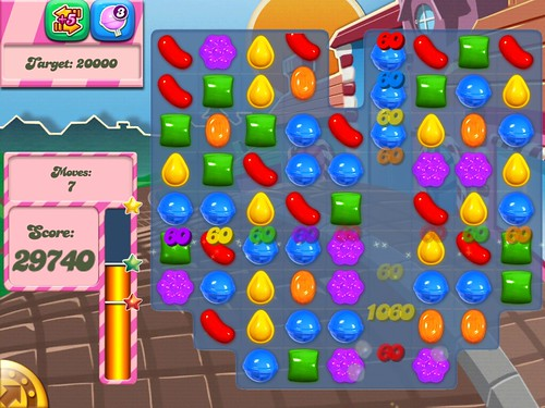 Candy Crush Saga Gameplay: screenshots, UI