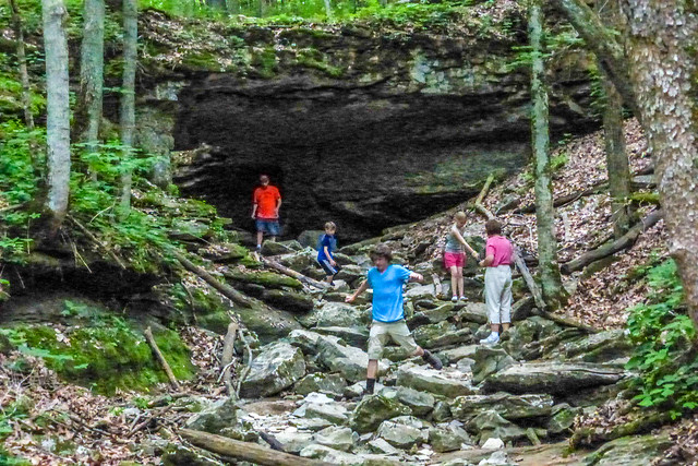 McCormick's Creek State Park - Wolf Cave - Twin Arches - May 24, 2014