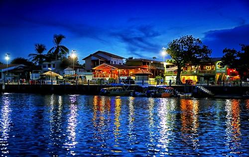 Av. Beira-Rio a noite. Barreirinhas, Maranhão.