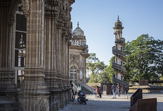 finding new uses (Tin-Tin Azure) Tags: mahabat maqbara palace mausoleum bahaduddinbhai hasainbhai junagadh gujarat india nawab 18th century chitkana chowk tomb baharuddin bhar ruin detail architecture