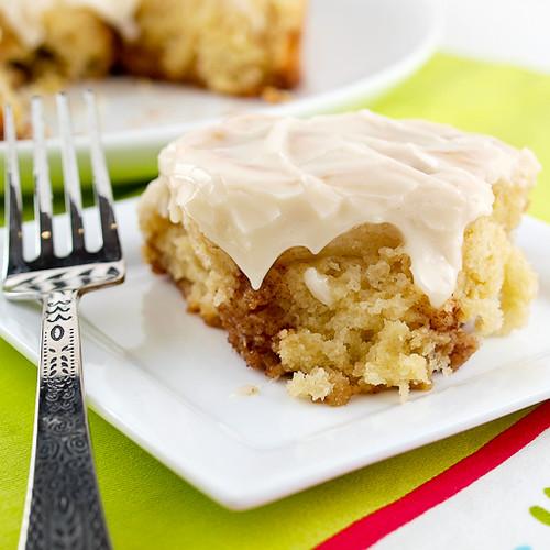 Sour Cream Cinnamon Roll Cake