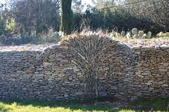 * (Anduze traveller) Tags: stones pierres gard nîmes languedocroussillon