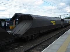 370121 Bescot 300611 (Dan86401) Tags: wagon fl 370 coal hopper bogie hha freightliner flhh bescot heavyhaul 370121