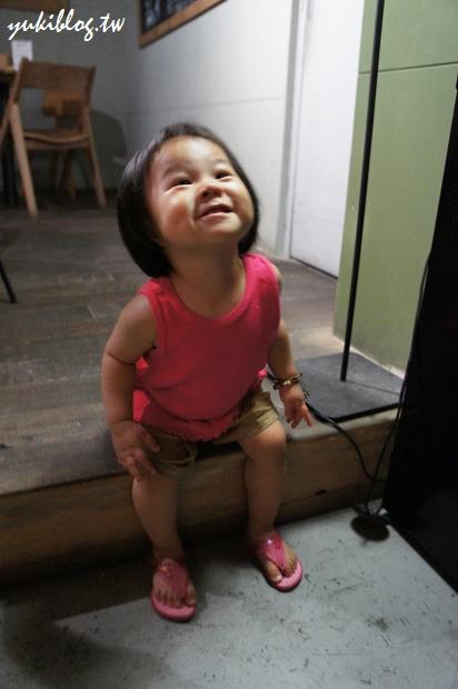 [Y家族‧高雄場聚會]*高雄左營‧薄多義Bite 2 Eat(富民店) ~ 其實兩隻古鏙小朋友才是主角呀!   Yukis Life by yukiblog.tw