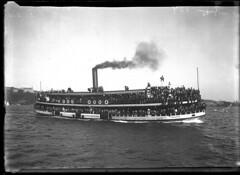 Crowded steam ferry KULGOA on Sydney Harbour, 1905-1930