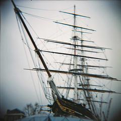 Cutty Sark, Greenwich (nick richards art) Tags: 120 thames coast seaside lomo lomography kodak 120film diana dianaf