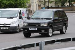 Range Rover Vogue (kenjonbro) Tags: uk 2002 england black london blackheath 4x4 vogue suv landrover rangerover a2 se3 worldcars p38a kenjonbro canoneos5dmkiii suninthesandsroundabout canonzoomlensef70300mm1456isusm ac51dac