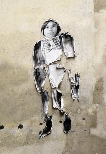 Pasted paper [Paris 6e]