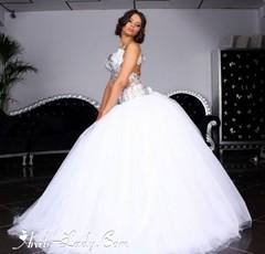 أجمل فساتين الزفاف لكل عروس تعشق التميز (Arab.Lady) Tags: أجمل فساتين الزفاف لكل عروس تعشق التميز