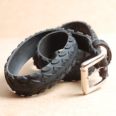 """""""Arrows"""" tire belt (felvarrom.com) Tags: bike design belt clothing recycled hipster tire arrows biker recycle buckle accessory upcycle felvarrom"""