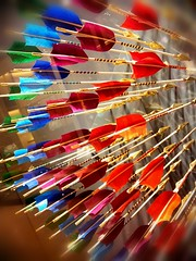Golden Arrows (traario) Tags: colors pattern colours schaufenster arrows shopwindow muster bunt farben pfeile flickrandroidapp:filter=none mariotraar