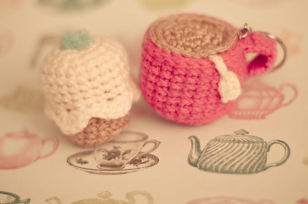Amigurumi Cupcake Keychain : The Worlds Best Photos of amigurumi and dessert - Flickr ...