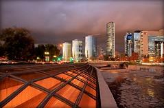 SANTIAGO AL PASO (Pablo C.M || BANCOIMAGENES.CL) Tags: chile city santiago ciudad otoo costanera providencia mapocho costaneranorte costaneracenter