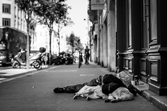 """worth more than wealth"" (Lednyi) Tags: poverty street dog paris france animal frankreich friend friendship sleep homeless rest wealth 2013"