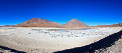 Altiplano (Kelly Cheng) Tags: travel blue italy panorama white mountain lake color colour tourism southamerica nature water sunshine horizontal landscape volcano daylight colorful day desert outdoor vivid sunny bolivia bluesky nobody nopeople colourful copyspace altiplano traveldestinations pickbykc