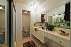 "HS-55 Bathroom • <a style=""font-size:0.8em;"" href=""http://www.flickr.com/photos/76147332@N05/6896803662/"" target=""_blank"">View on Flickr</a>"