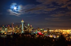 Seattle Super Moon 2012 (Fresnatic) Tags: seattle nightphotography pacificnorthwest kerrypark washingtonstate hdr elliotbay queenannehill downtownseattle urbanskylines canonrebelxsi supermoon fresnatic