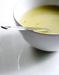 Bol de soupe aux lgumes (Brabel2012) Tags: france diner soupe vert frugal bol pommedeterre cuillre lgume souper lger poireau encas vgtarien