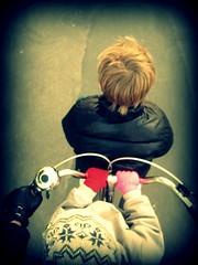 Double Up (Mikael Colville-Andersen) Tags: fashion bike bicycle kids copenhagen denmark cycling blog lulu felix danish bici chic mode danmark kopenhagen fahrrad vlo kbenhavn syk