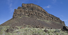 umatilla rock - looking up - south end (russell elbert) Tags: umatillarock