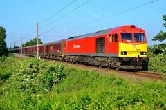 Sunny Supertug (wwatfam) Tags: railroad england electric cheshire diesel britain transport trains db crewe locomotive tug coal railways freight refurbished schenker 60044