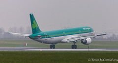 EI-CPG Aer Lingus Airbus A321-211 (Ronan McCormick) Tags: ireland dublin canon airport aircraft civil airbus aerlingus 1023 dublinairport avation staidan aodhan eidw a321211 eicpg ilobsterit eicpgaerlingusairbusa321211