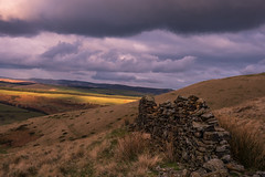 layers (Star*sailor) Tags: sky clouds valley peak district edale