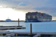 View at Southampton water. (mre1965) Tags: southampton dock solent container marchwood cmacgm cma cgm zhenghe