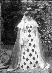 Queen of Spades (National Library of Ireland on The Commons) Tags: ireland portrait garden fan women queen gloves actress cape crown cloak satin bushes shrubs spades 1900s tchaikovsky leinster queenofspades furtrimmed nationallibraryofireland harrytempest tempestcollection henrytempest