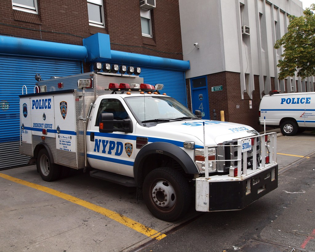 Car Service Bronx: The World's Best Photos Of Ess And Nypd