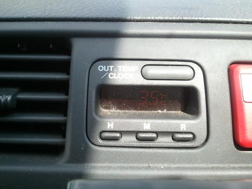 車外の気温35どー