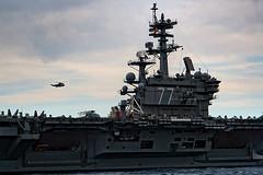 USS George H. W. Bush (CVN-77) (Cani Mancebo) Tags: españa detalle marina spain aircraft murcia aircraftcarrier usnavy cartagena nimitz portaaviones cvn77 ussgeorgehwbush canimancebo armadaestadounidense