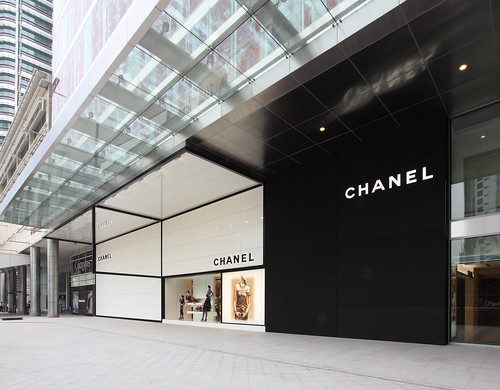BoutiquePictures-Chanel-01.jpg