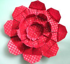 Floral Perpetua (Vielfaeltig2010) Tags: origami tesselation papierfalten dasssa floralperpetua