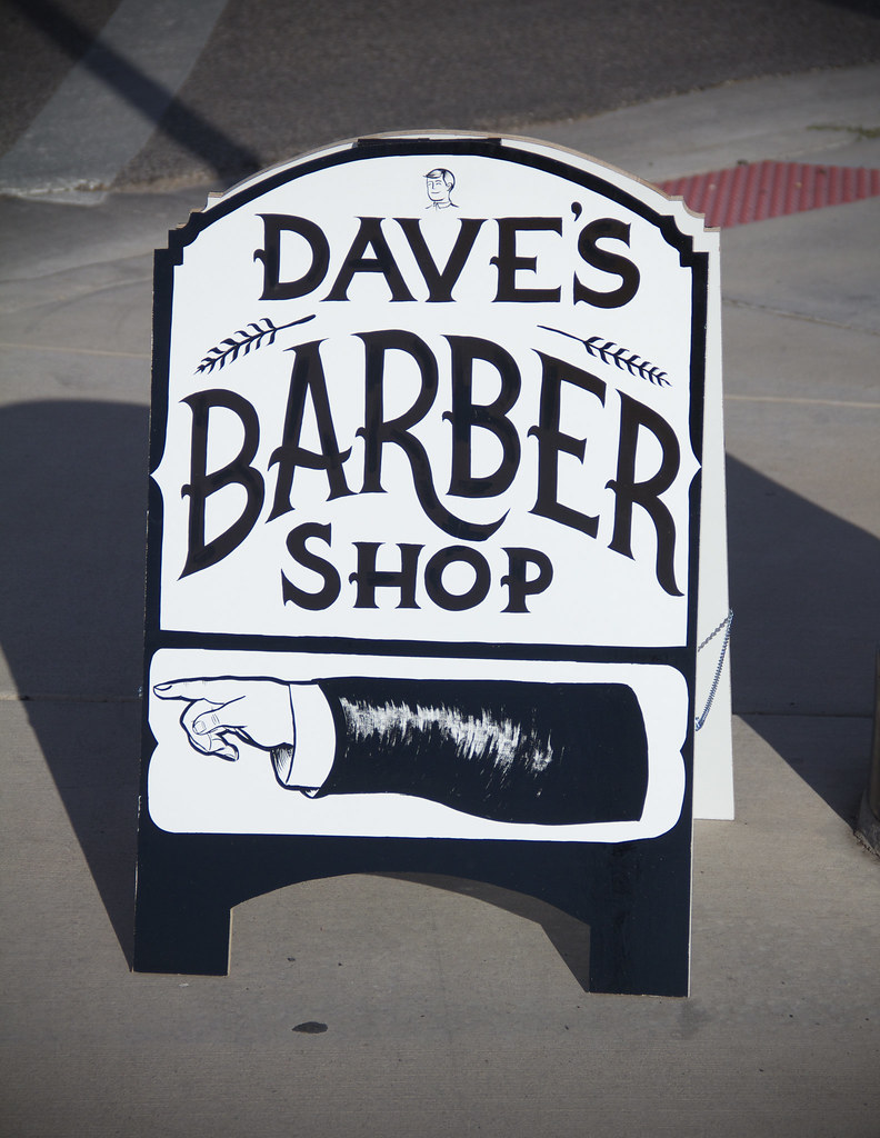 Daves Barber Shop A Fram Manicule Side