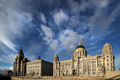 6.15..... (Chrisconphoto) Tags: sky liverpool threegraces merseyside liverbuilding goodlight