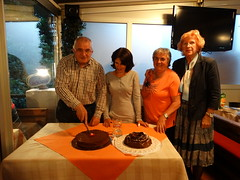 "Nagrađeni 2014 režu torte • <a style=""font-size:0.8em;"" href=""http://www.flickr.com/photos/101598051@N08/14207133480/"" target=""_blank"">View on Flickr</a>"