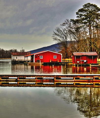 Three Boathouses (RWOPhoto) Tags: trees red lake mountains river landscape pier alabama calm serene tennesse boathouse range hdr highdynamic
