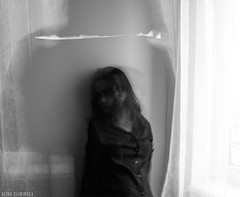 Schizm. (slivinska) Tags: longexposure woman photography blackandwhite alina sliwinska amarillis alinasliwinska canon monochrome
