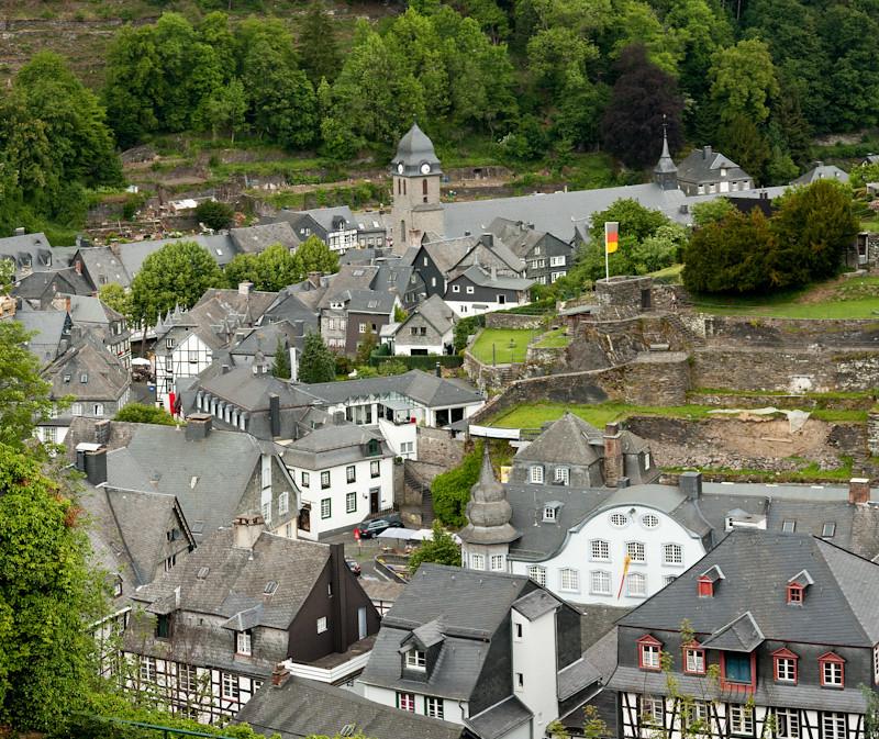 Sortie à Montjoie (Monschau) en Allemagne le 5 juin 2011 - les photos 5804176924_7c38f0f05f_b