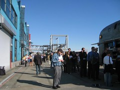 IMG_1706 (citywalker) Tags: seattle waterfront may foodtruck 2011 pigtruck maximusminimus waterfrontpresentation