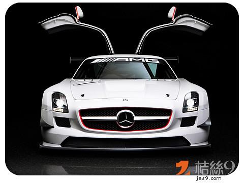 Mercedes-Benz-SLS-AMG-1