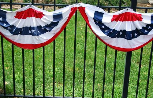 Fence Decor
