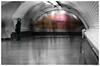 Les passants de Saint-Lazare #2 (AKfoto.fr) Tags: red saintlazare metro saintaugustin 550d tamron175028