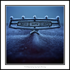 Ford / Hood Ornament / Country Sedan / Galaxie 500 / Station Wagon / 1966 / Automobile / Kyle Bailey / Frost / Cold / Winter / Ice (Kyle Bailey - Da Big Cheeze) Tags: winter cold frost crystal freeze chilly icy borderfx kylebailey rookiephoto dabigcheeze wwwrookiephotocom