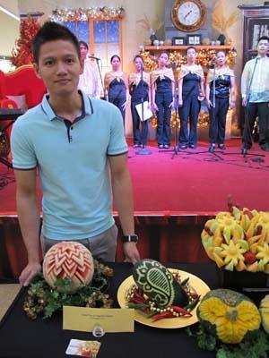 fruit carver, John Jusay