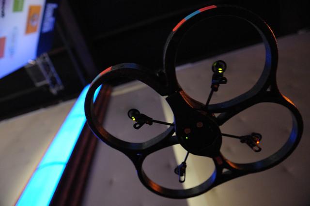 paris france nerd toy geek parrot it conference loic 2010 drone lemeur leweb ardrone leweb10