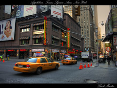 Applebees, Times Square Area, New York (LuckMaster) Tags: new york nyc newyorkcity ny newyork yellow square manhattan cab taxi united times states hdr highdynamicrange staten verenigde