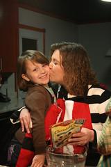 kissing (picsbyrita) Tags: kiss challenge ansh allnewscavengerhunt